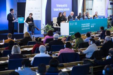 Simposio Internacional sobre Pesca Sostenible de FAO.