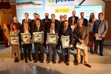 Entrega de premios de la tercera edición periodismo y sector pesquero de Cepesca.